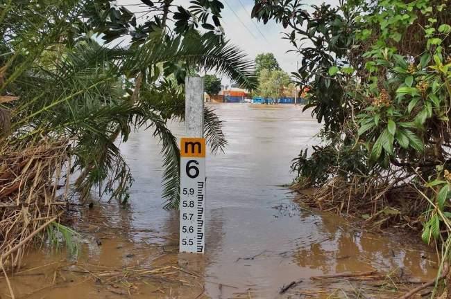 A flood level marker at Murwillumbah.