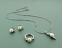 Rockpool-jewellery-by-Nicola-Bannerman