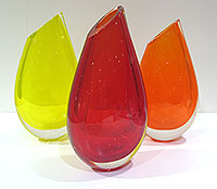 Bud-Vases-by-Robert-Wynne